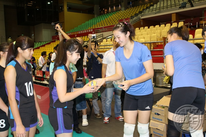 volleyball_140812-1