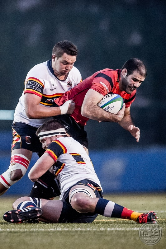 Societe Generale Valley (red) beat Leighton Asia HKCC 18-15  in the Grand Championship final