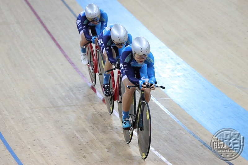 cycling_uci_twc2017_girlsteampursuit_20170412-12